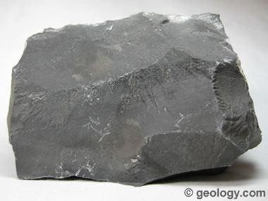 11.black-limestone-380.jpg